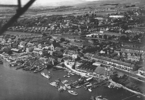 Southwick circa 1930, original church in centre of picture